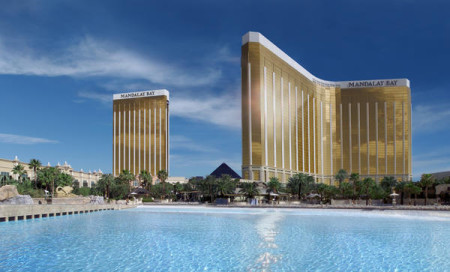 las-vegas-beaches_mandalay_bay
